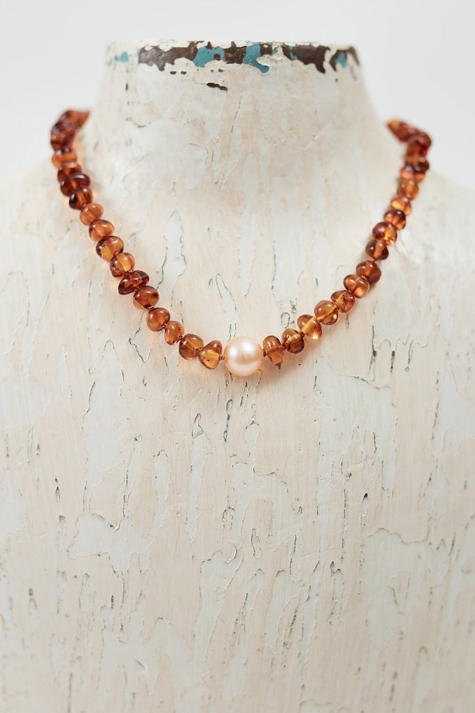 Leo Amber Teething Necklace