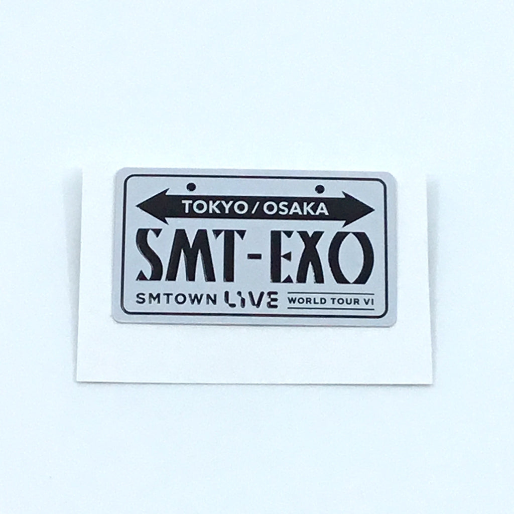 EXO Button - SM Town Live World Tour 6 Official Goods - J-Store Online