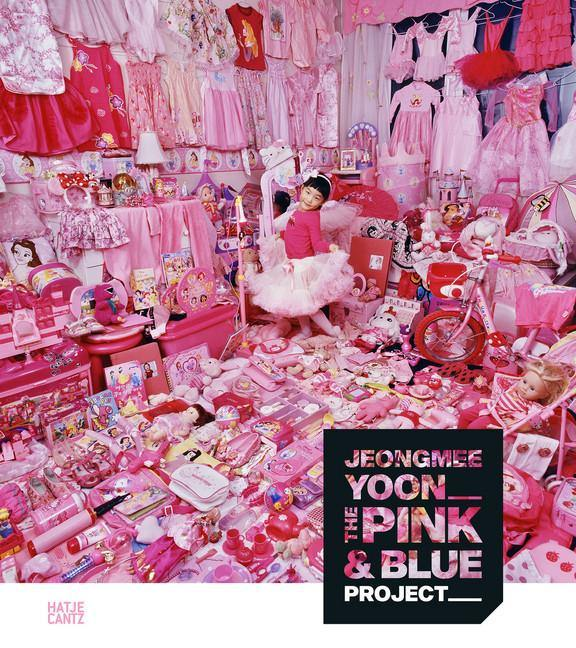 The Pink & Blue Project - Jeongmee Yoon (Englisch)