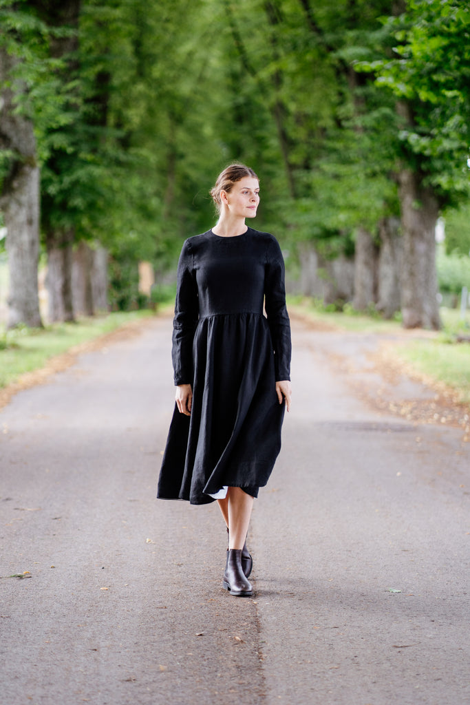 Women's black linen dress with long sleeves