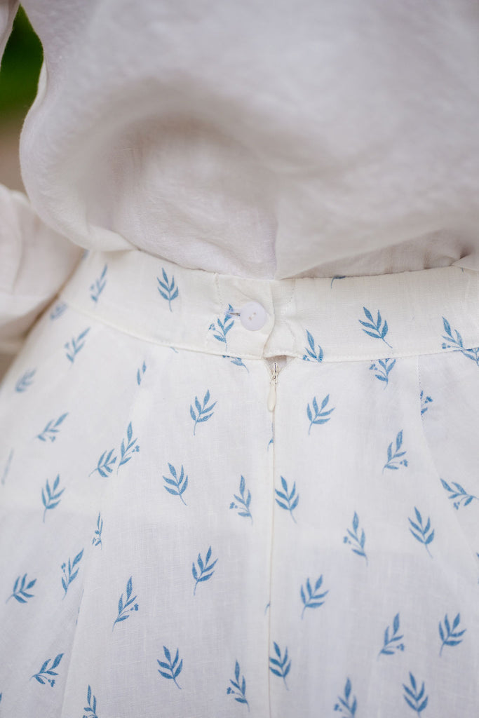 Quality white linen summer skirt, up close image of a back zip