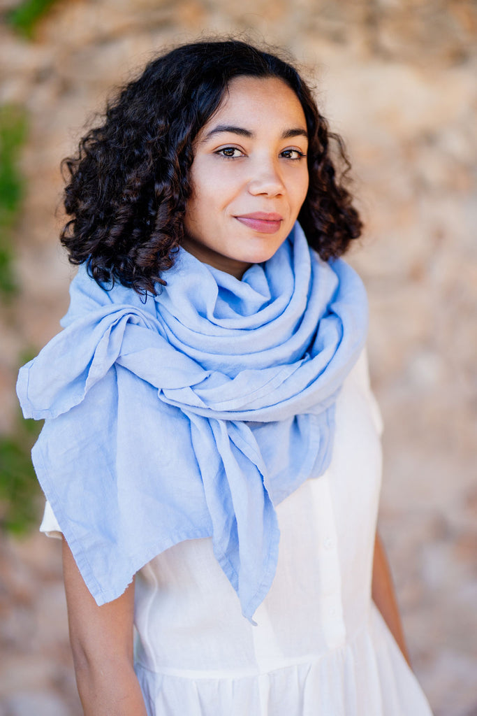 Light blue scarf for women in linen material