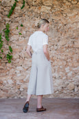 Linen culotte trousers with pockets and zipper in the back