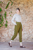 Classic green trousers in linen material for women