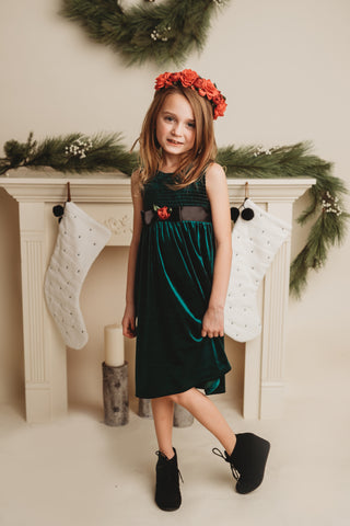SECONDS Velvet christmas dress in Emerald green