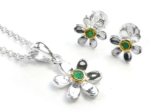 Silver Earrings - Pretty Daisy Emerald