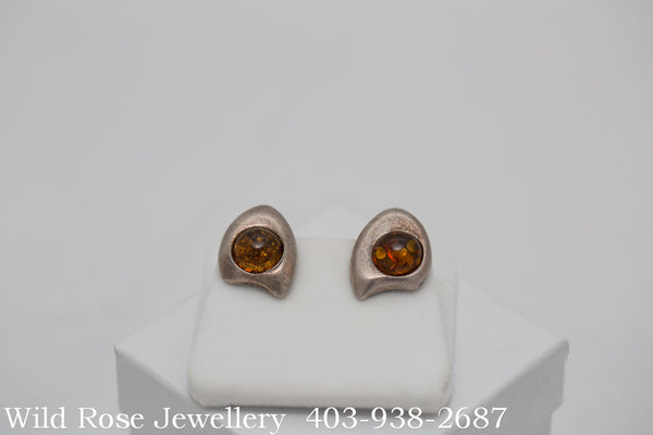 Amber Pear Shaped Clip