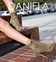 SO ME Daniela_Olive Peep Toe