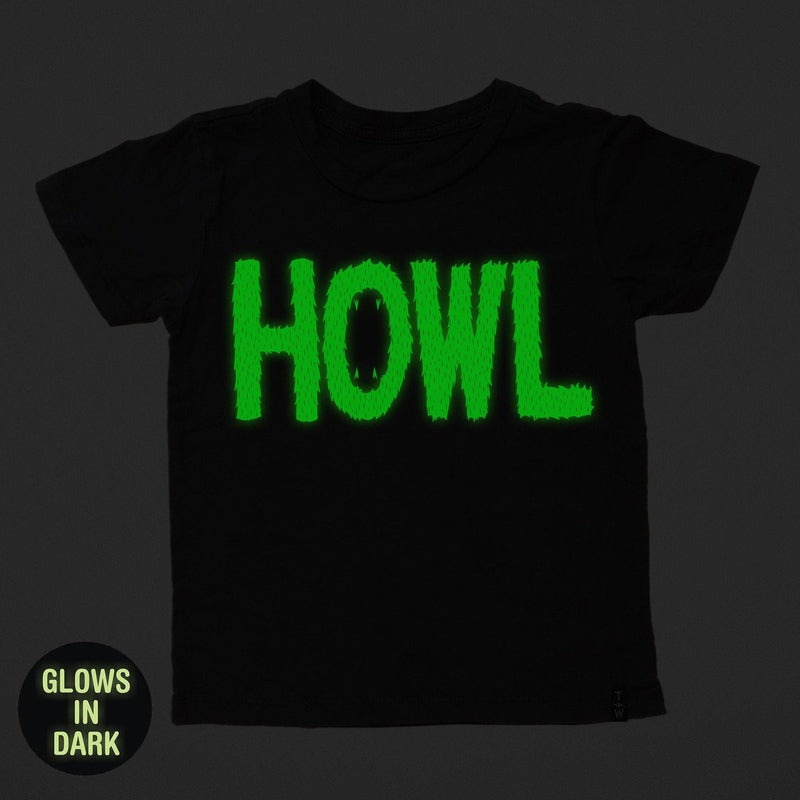 howl in the dark tee