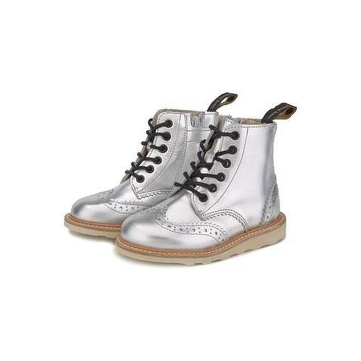 Sidney Leather Silver Boot