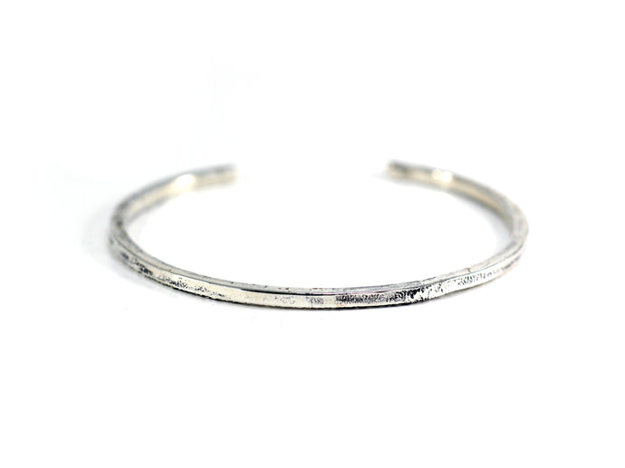 Medium Weight Solid Bangle