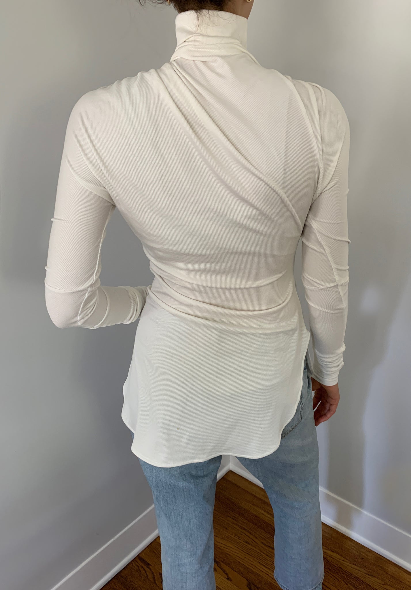 Ribbed Draped Turtleneck (Creme)