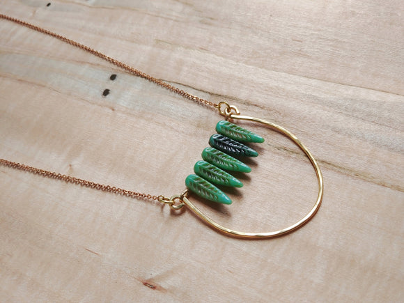 Boho Feathers Curve Bar Necklace - The Tree Swallow.