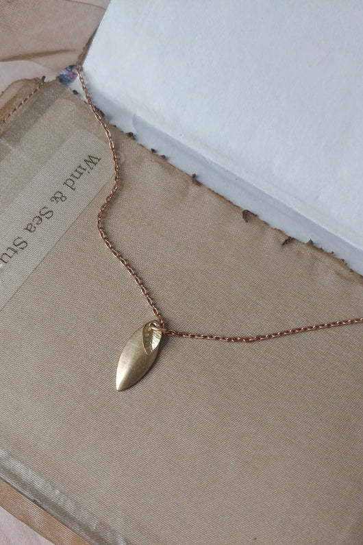 Tiny Leaf Pendant Necklace -