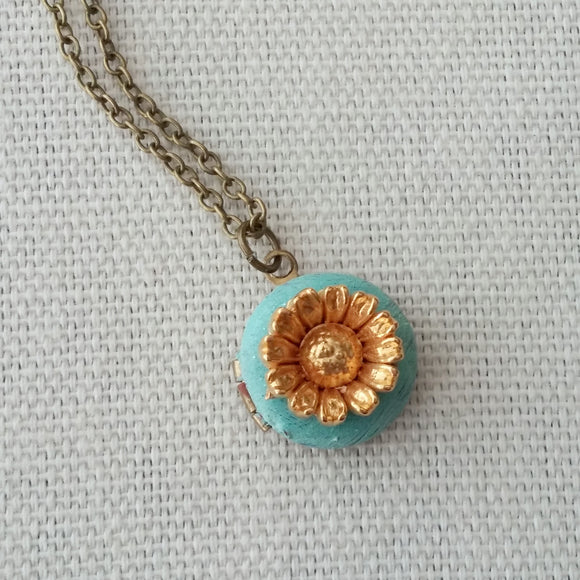 Tiny Locket and Flower Necklace - Midas Touch.