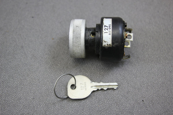 Mercury Kiekhaefer Outboard Mercontrol Ignition Key Switch