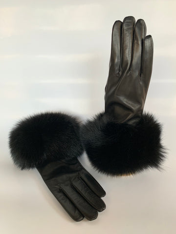 fox, trim, leather, gloves, lambskin, cold weather, winter, fall, evening, furrier, genuine, real fur, fur, soft, warm, cosy, classic, gorgeous, elegant, beautiful, luxurious, timeless, simple, wonderland, exclusive, chic, stylish, style, comfort, vintage, modern, new, custom, quality, made to measure, eco friendly, heritage gallery, galerie, www.heritagegallery.ca, black, navy, cream, heritage, montreal, local, high quality, international shipping, shipping, usa, europe, touch screen, iphone, size, black