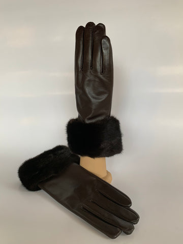 mink, trim, leather, gloves, lambskin, cold weather, winter, fall, evening, furrier, genuine, real fur, fur, soft, warm, cosy, classic, gorgeous, elegant, beautiful, luxurious, timeless, simple, wonderland, exclusive, chic, stylish, style, comfort, vintage, modern, new, custom, quality, made to measure, eco friendly, heritage gallery, galerie, www.heritagegallery.ca, black, navy, cream, heritage, montreal, local, high quality, international shipping, shipping, usa, europe, touch screen, iphone, size, brown