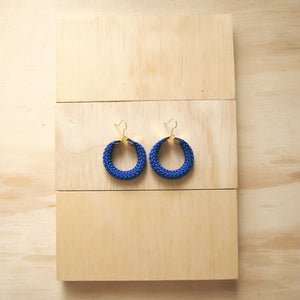 HOOLA SMALL BLUE EARRINGS