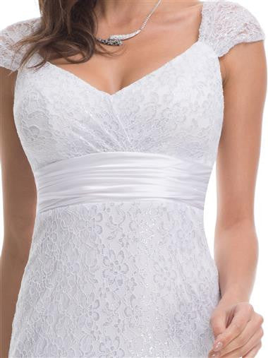 Stunning wedding dress with sweetheart neckline