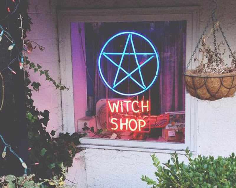 WITCHY TRIP À LOS ANGELES