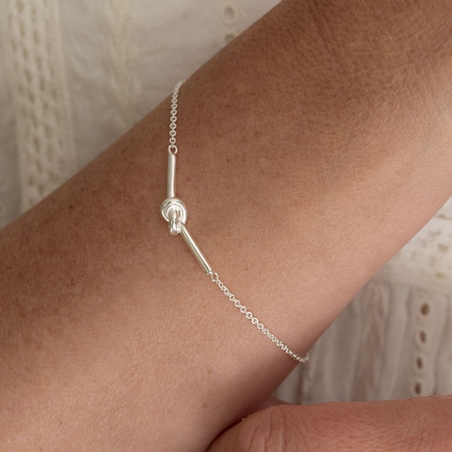 Sterling Silver Friendship Knot Bracelet