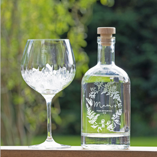 Premium Engraved Wreath Botanical Gin