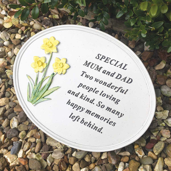 Daffodil Outdoor Memorial Plaque - Mum & Dad
