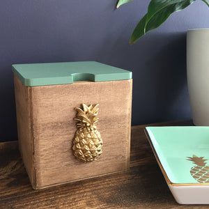 You added Trinket / Keepsake Box with pineapple design to your cart.