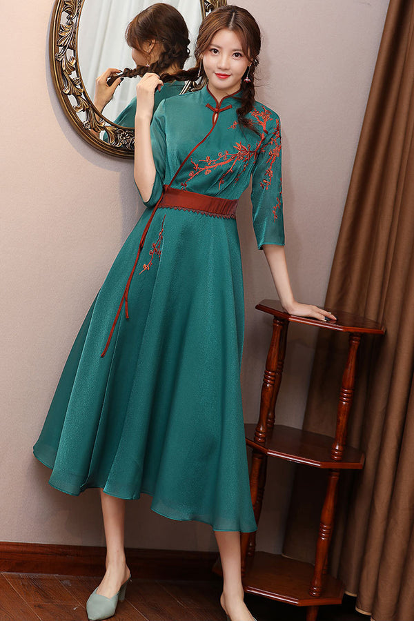 Hendrina Cheongsam (More Colors)