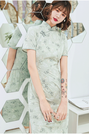 Lily Cheongsam (Non-Returnable)