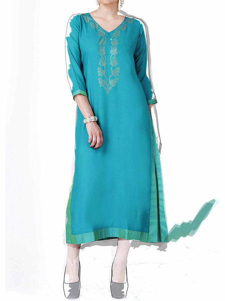 Blue Cotton Rayon Embroidered Kurti - IY-PDK20SP8