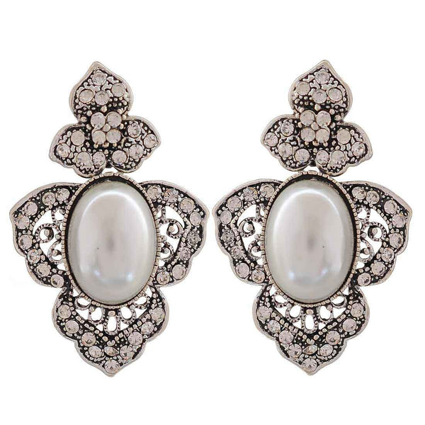 Sensual White Silver Pearl College Drop Earrings - MCHUJE26FB610