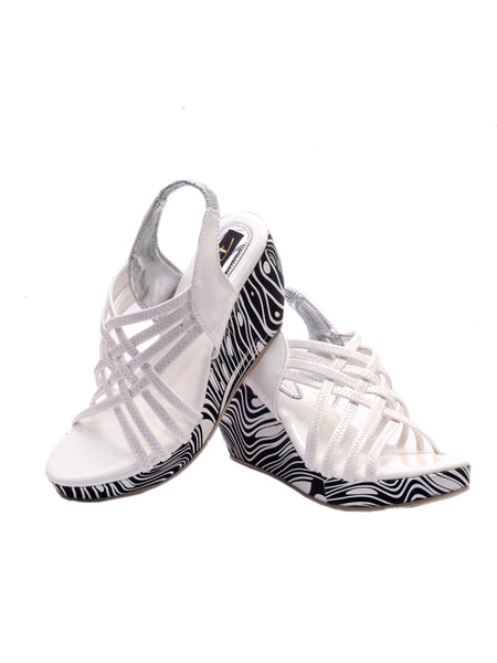 Women's Wedges From Agra In White - SA-RUSA23MA3