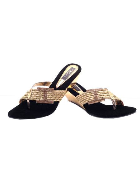 Women's Wedges From Agra In Gold - SA-RUSA23MA20