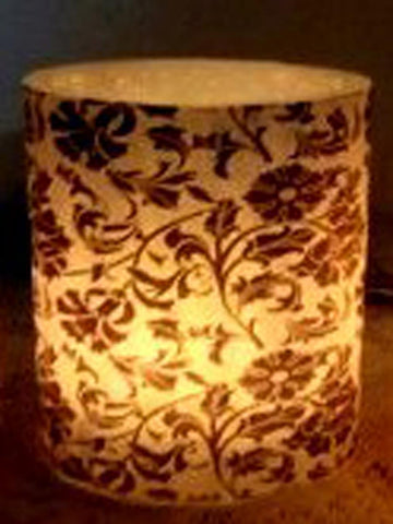 Designer wax lamp  In Black & white floral design - RC-DKCL21SP9