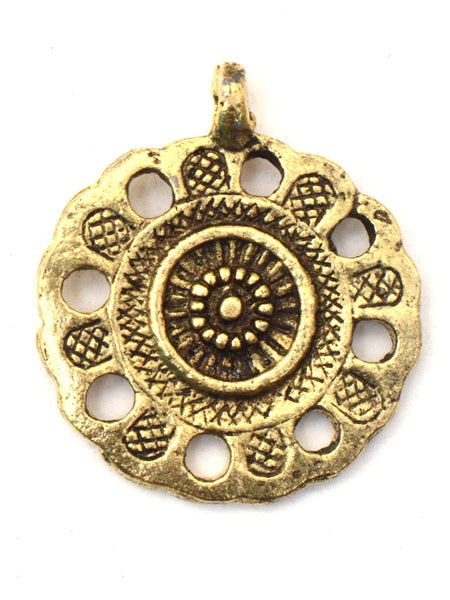 Pendant In Golden Color - CHUJP28SP14
