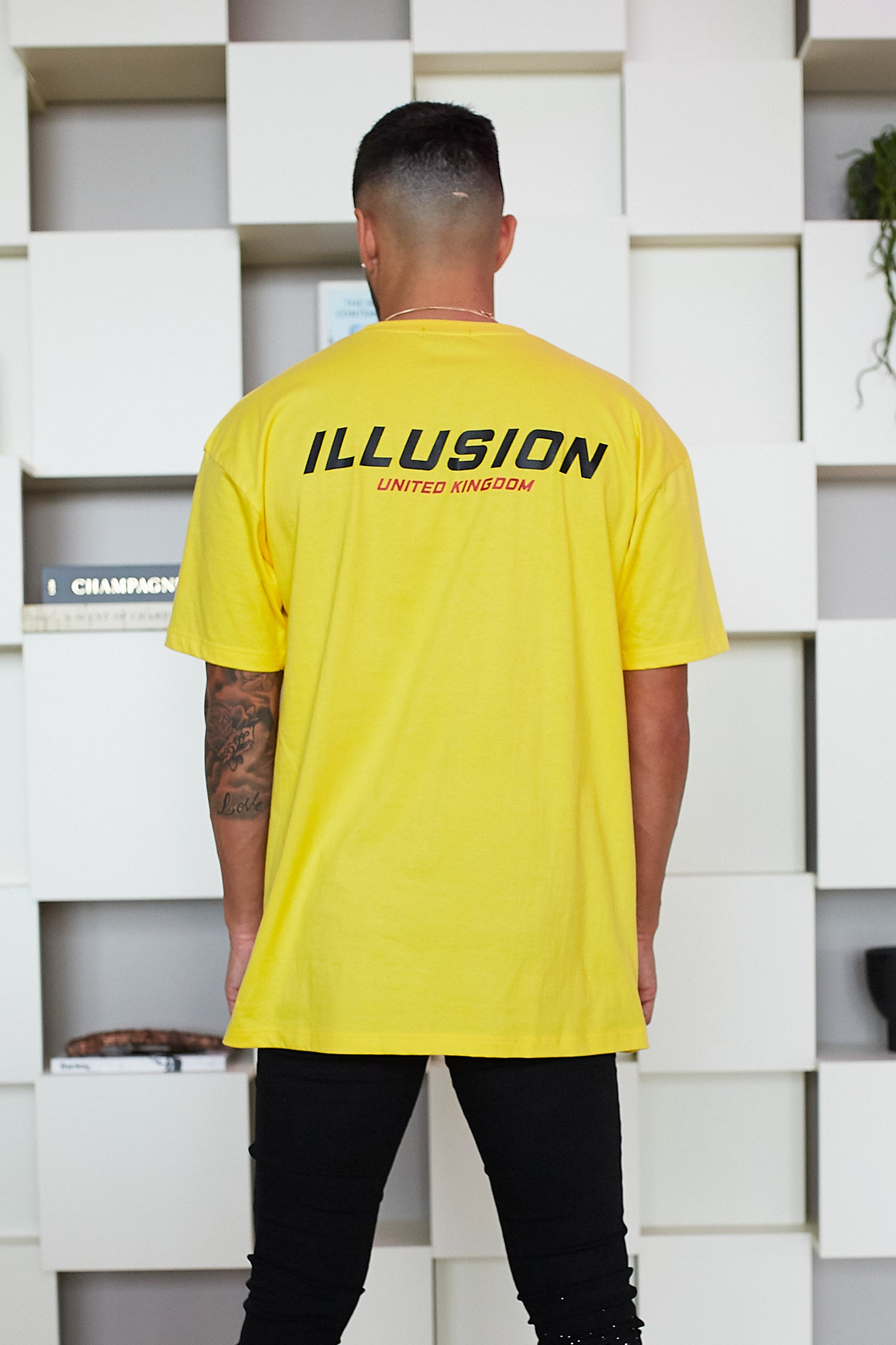 YELLOW UNITED KINGDOM T-SHIRT - Illusion Attire