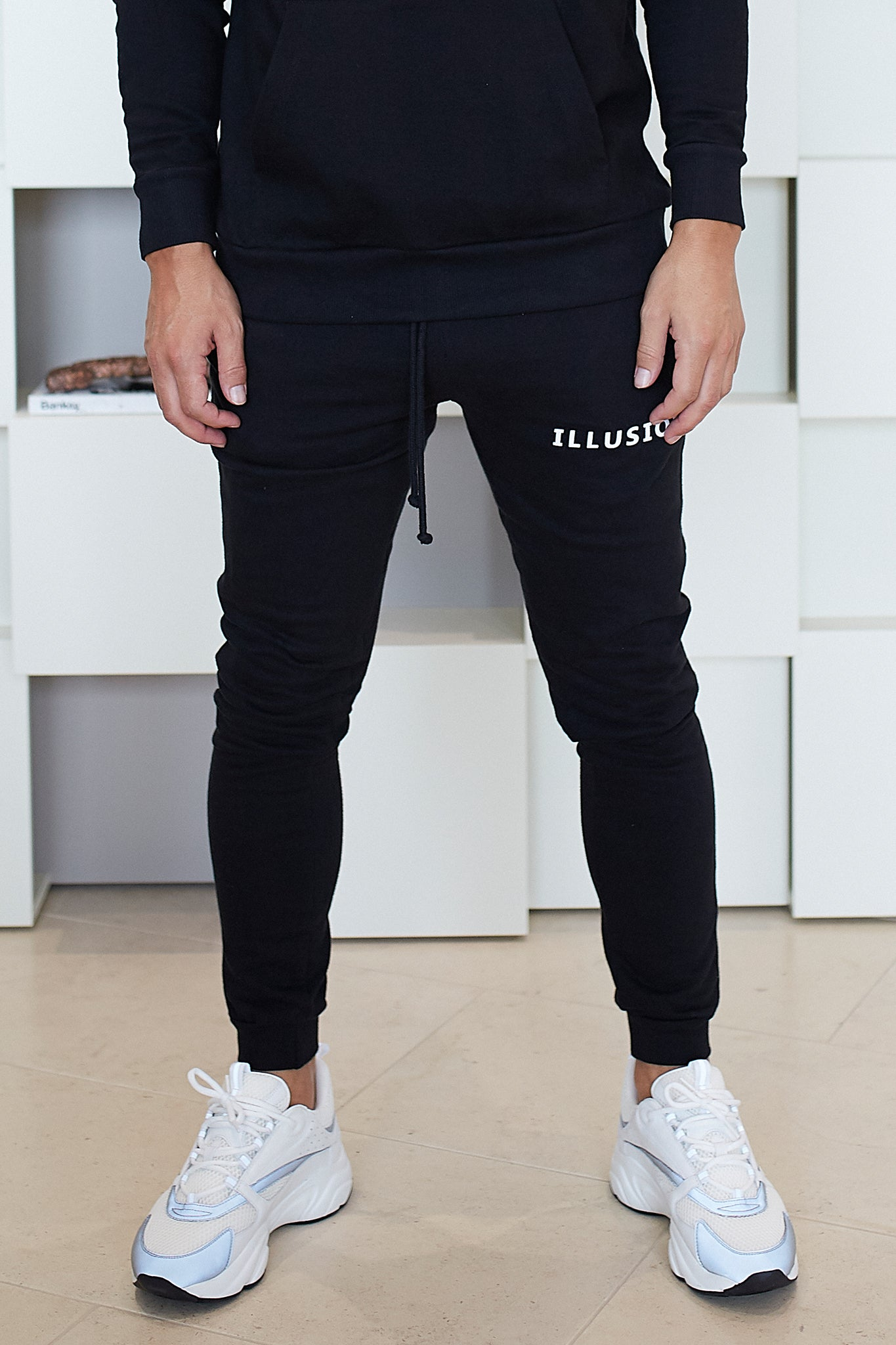 BLACK ESSENTIALS JOGGERS - Illusion Attire