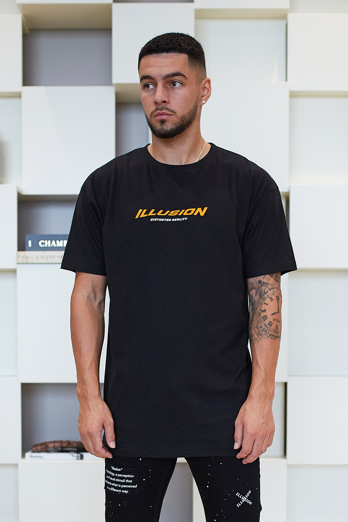 BLACK DISTORTED REALITY T-SHIRT - Illusion Attire