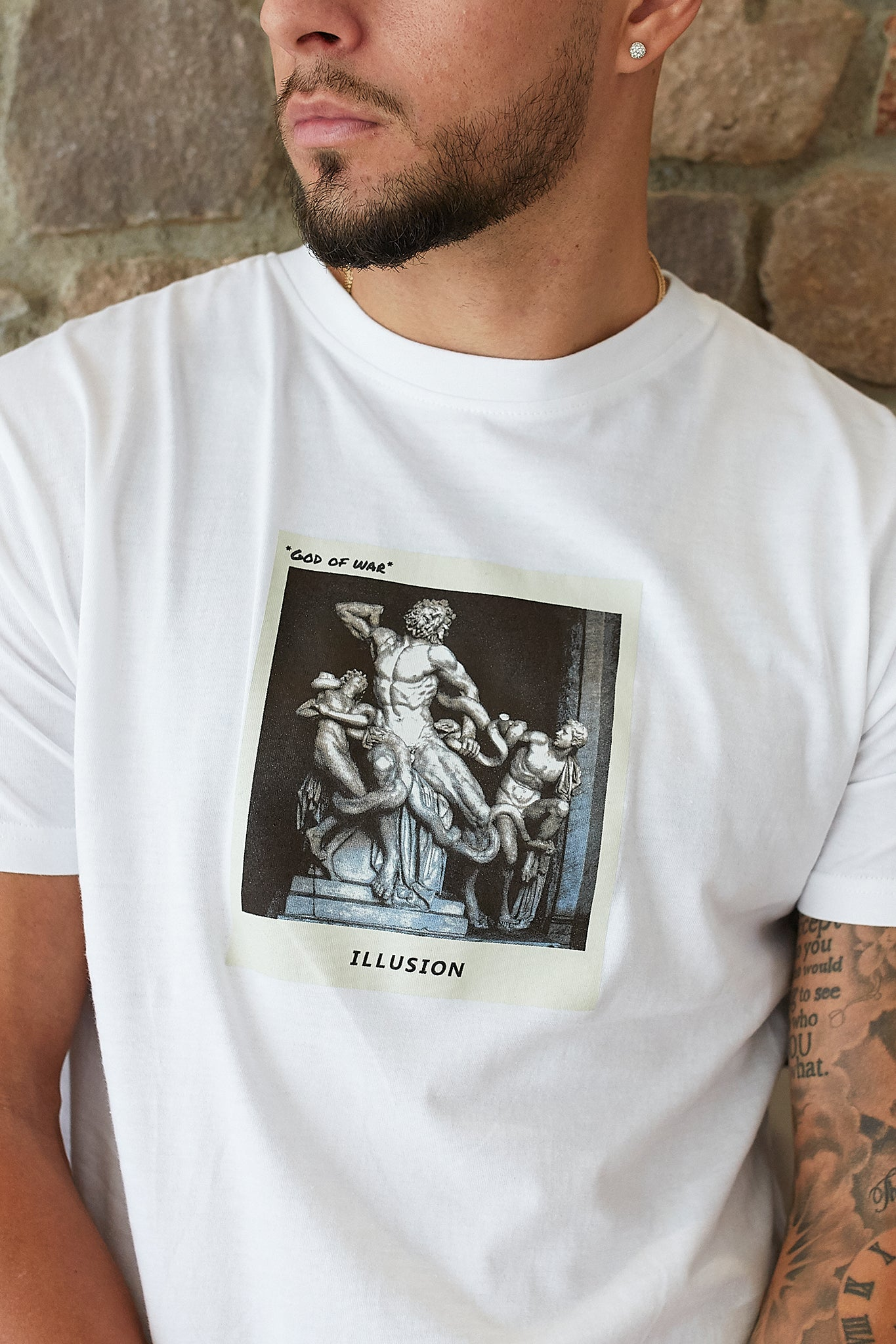 "White ""GOD OF WAR"" TEE - Illusion Attire"