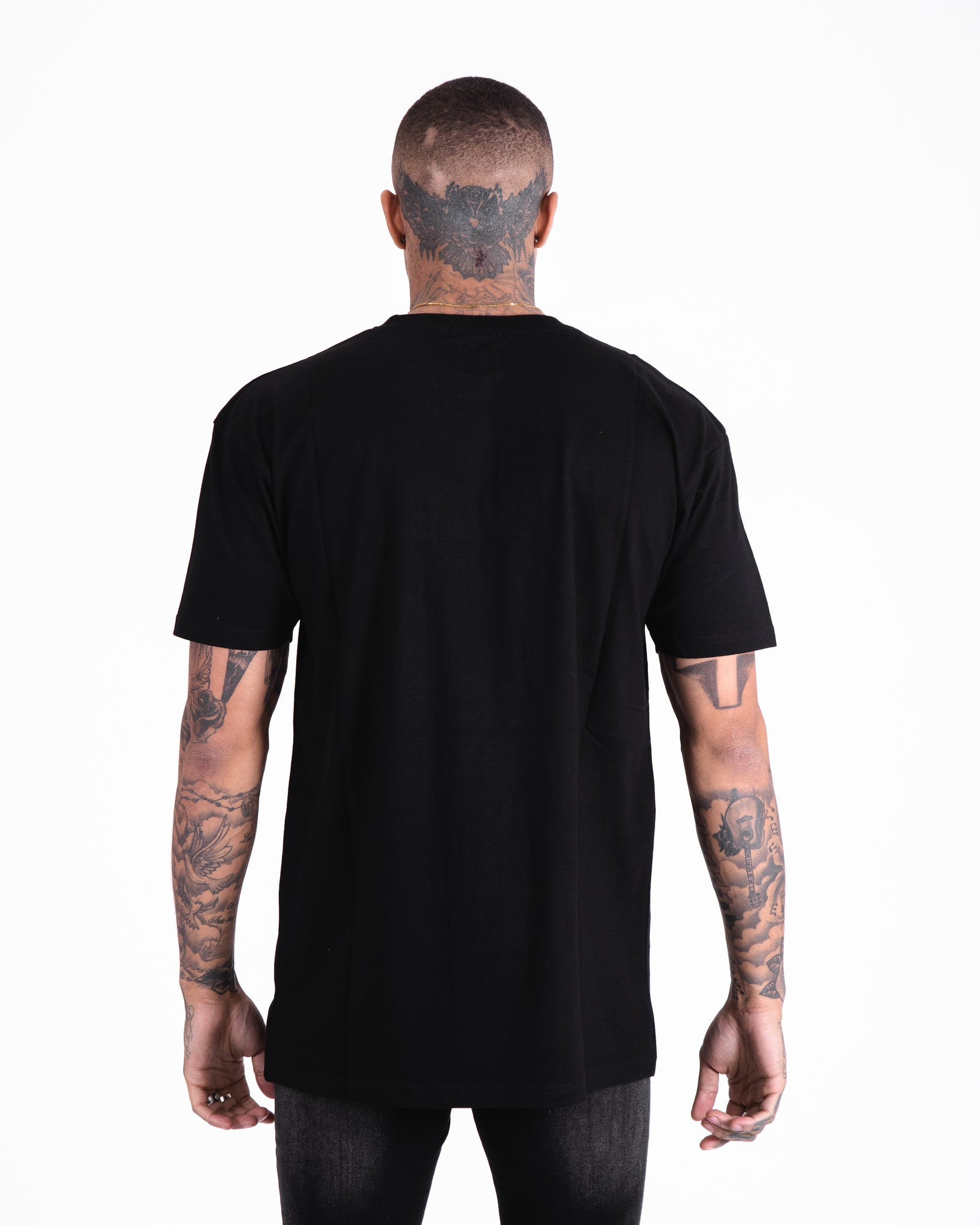 OVERSIZED BLACK HIDDEN 'ILLUSION' TEE - Illusion Attire