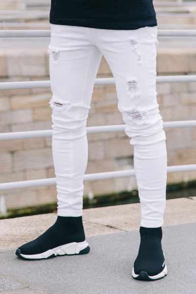 WHITE RIPPED JEANS - Illusion Attire