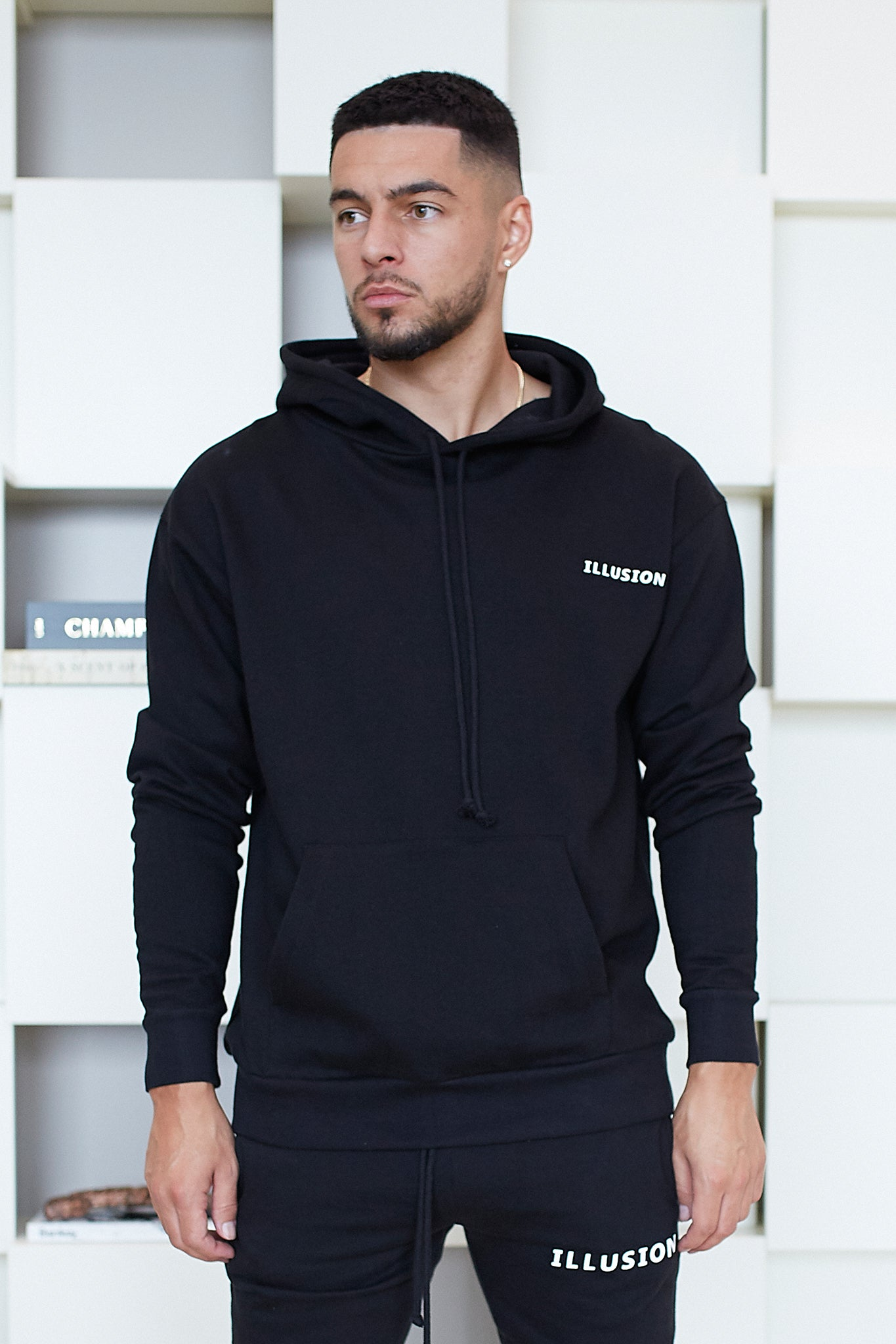 BLACK ESSENTIALS HOODIE - Illusion Attire