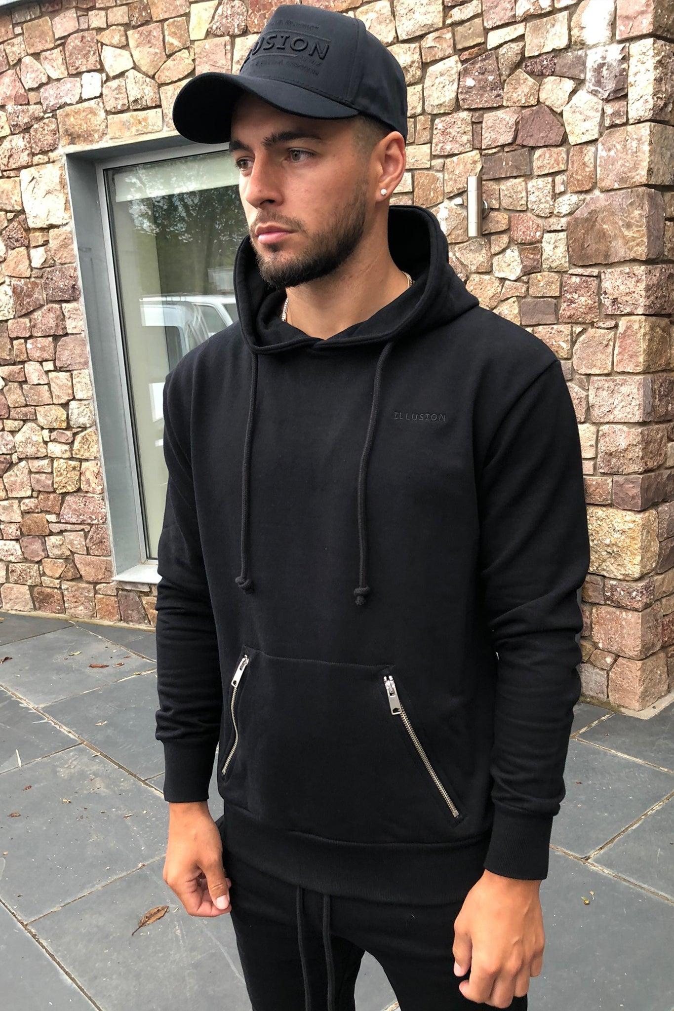 BLACKOUT HOODIE - Illusion Attire