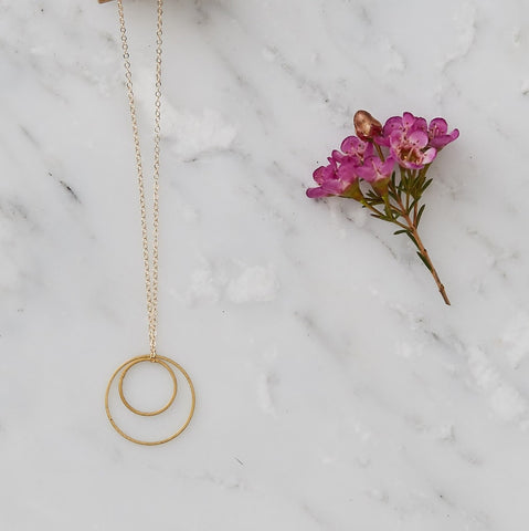 Simple Brass Circles Geometric Necklace