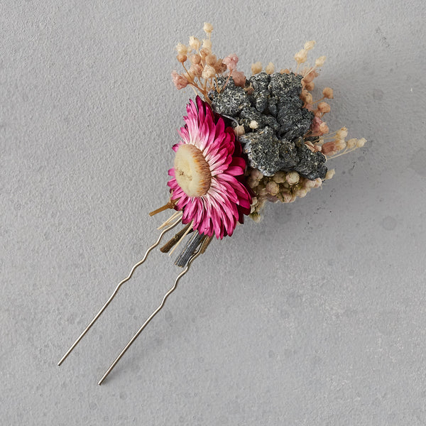 Dried flower hair pin : deep pink