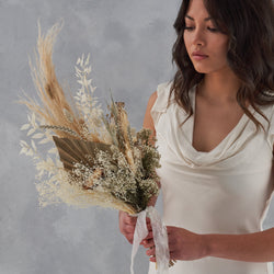 Dried flower bridal bouquet : white