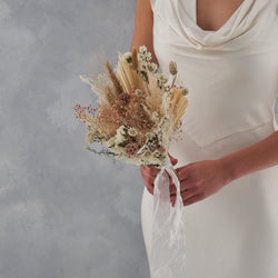 Dried flower bridal bouquet : dusty pink and whites