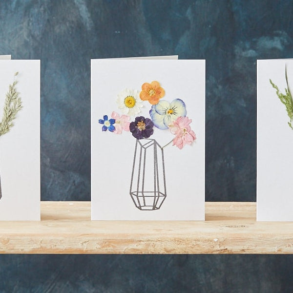 Pressed Flower Greeting Card – Handmade by Botanique Workshop